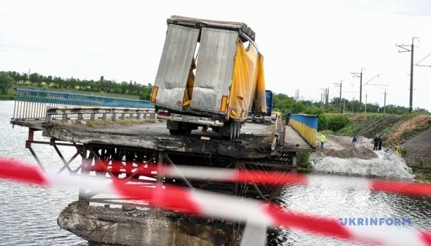 За добу замість Олексіївського моста збудують переправу