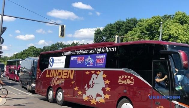 Туристичні автобуси виїхали на акцію протесту в Берліні