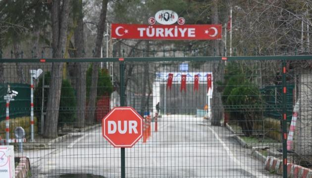 Криза мігрантів: Греція хоче розширити паркан на кордоні з Туреччиною