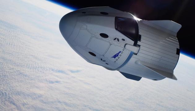Запуск Crew Dragon перенесли - завадила негода