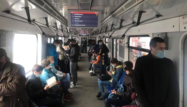 На столичне метро та комунальний транспорт додатково виділили 402 мільйони