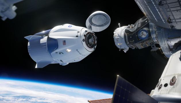 Космический корабль Маска может вернуться на Землю уже в августе