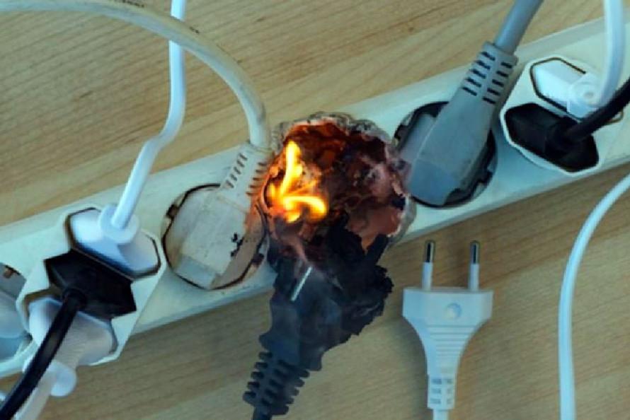 Хто сказав, що із електричними мережами у нас все гаразд?