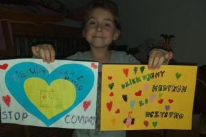 Учні та вчителі української школи у Польщі подякували медикам, що борються з COVID-19