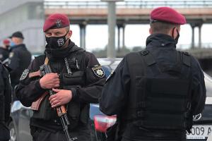 """В спецоперации задержания """"минера"""" моста Метро принимали участие более 400 правоохранителей"""