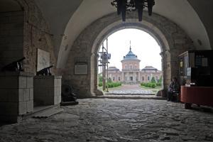 Замки Львівщини почали приймати відвідувачів