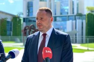 Єрмак обговорив із радником Меркель активізацію переговорів щодо Донбасу
