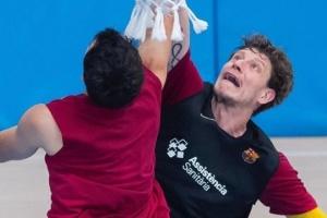 """Баскетбол: Пустовий продовжує тренуватися у складі """"Барселони"""""""
