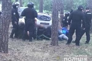 На Харьковщине стреляли в полицейское авто