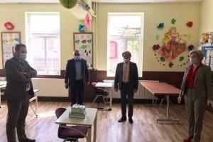 Союз українців Румунії забезпечив ряд шкіл з вивченням української засобами захисту та дезінфекції