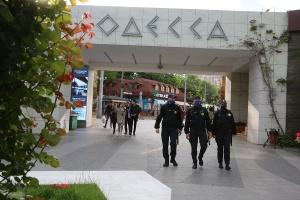Нацгвардейцы начали патрулировать курортные зоны Одессы