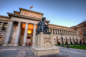Іспанія у червні буде готова до запровадження COVID-паспортів