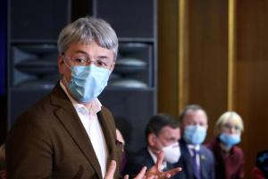Пир во время чумы: Ткаченко призывает закрывать ночные клубы, которые нарушают карантин