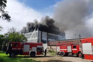 Пожежу на запорізькій взуттєвій фабриці Mida ліквідували