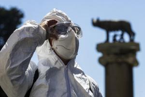 В Италии за сутки - 72 смерти от COVID-19