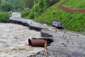 Підрахунок триває: попередні збитки від паводка на Буковині - 1,3 мільярда