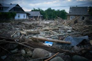 В Україні негода залишила без електрики 21 населений пункт, 10 - підтоплені