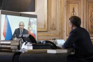 Макрон и Путин второй раз за месяц поговорили по телефону