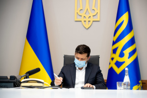 Zelensky: Ucrania impone sanciones a 557 ladrones de ley