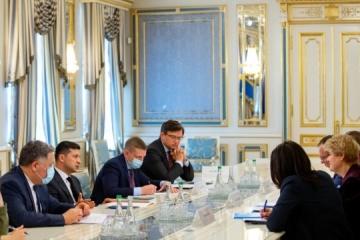 Zelensky s'est entretenu avec la représentante de l'UNICEF en Ukraine