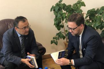 Exteriores: Ucrania y Polonia están considerando un acuerdo de trabajadores temporeros