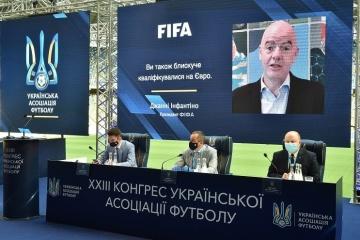 Infantino: FIFA trata de ayudar más a la Asociación Ucraniana de Fútbol