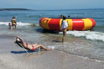Коли море кличе: як в Одесі пляжний сезон відкривають