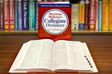"""Словник Вебстера змінить визначення поняття """"расизм"""""""