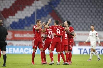 """""""Баварія"""" обіграла """"Айнтрахт"""" і вийшла у фінал Кубка Німеччини з футболу"""