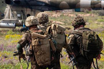 Un soldado ucraniano muerto y otros dos heridos en la zona de la OFC