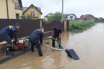 Gobierno cumple la tarea de Zelensky de atraer ayuda internacional para la recuperación de áreas inundadas