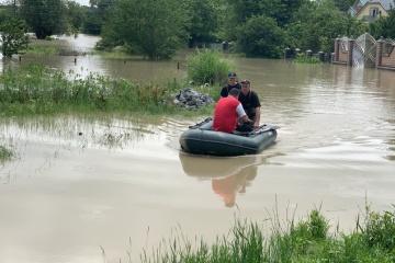 Unwetter in Bukowyna: 36 Ortschaften in 7 Rayons immer noch überschwemmt