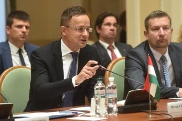 Szijjártó reafirma que Hungría bloqueará las reuniones entre Ucrania y la OTAN