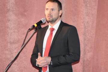 Shkarlet nombrado ministro de Educación interino