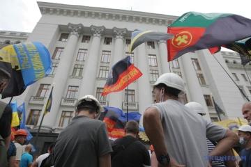 Protestaktion in Kyjiw: Bergarbeiter fordern Auszahlung ausstehender Löhne