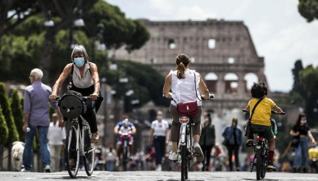 В Італії - сплеск нових випадків COVID-19