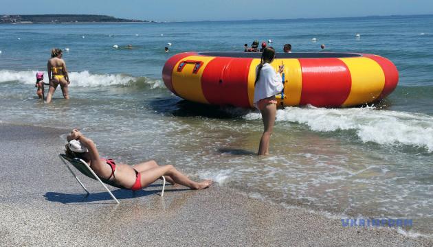 Когда море зовет: как в Одессе пляжный сезон открывают