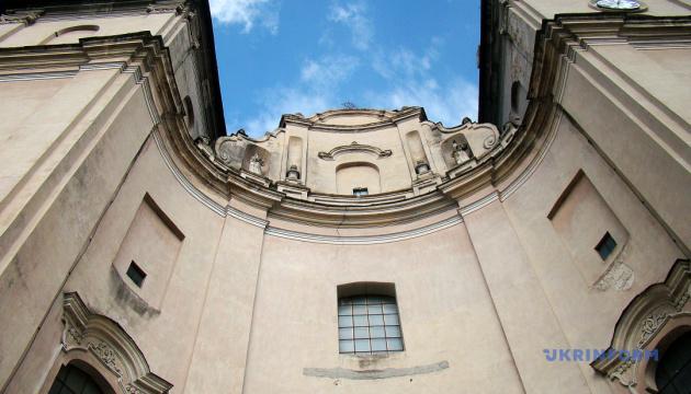 Фотоподорож: костел святого Антонія та монастир бернардинів у Збаражі