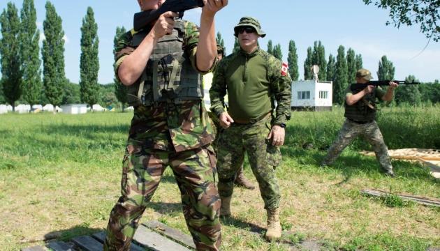 Канада с июня возобновляет тренировки бойцов ВСУ в рамках миссии UNIFIER