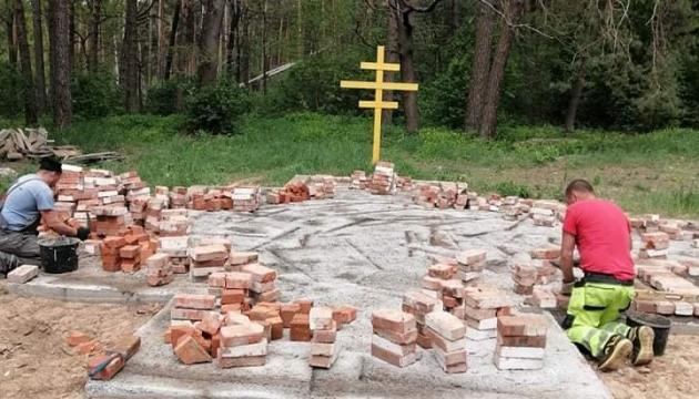 Для военнослужащих танковой бригады на Черниговщине строят храм