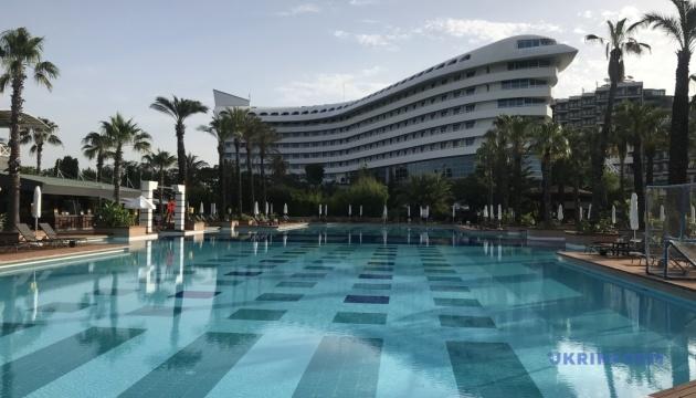 Туреччина поділилася програмою сертифікації готелів для безпечного туризму з 60 країнами світу