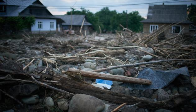 В Украине непогода оставила без электричества 21 населенный пункт, 10 - подтоплены