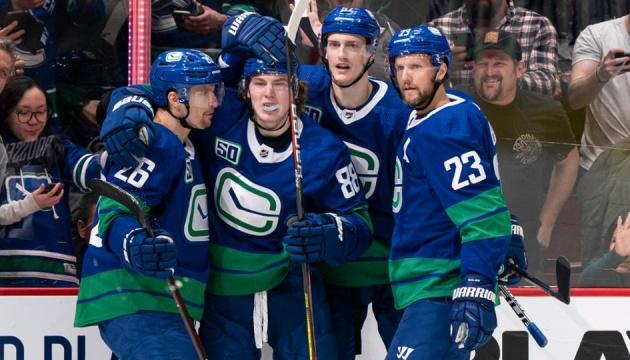 Ванкувер не прийматиме матчі відновленого сезону НХЛ