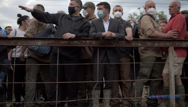 Avakov: La fase urgente de la gestión de inundaciones en el oeste de Ucrania durará 10 días