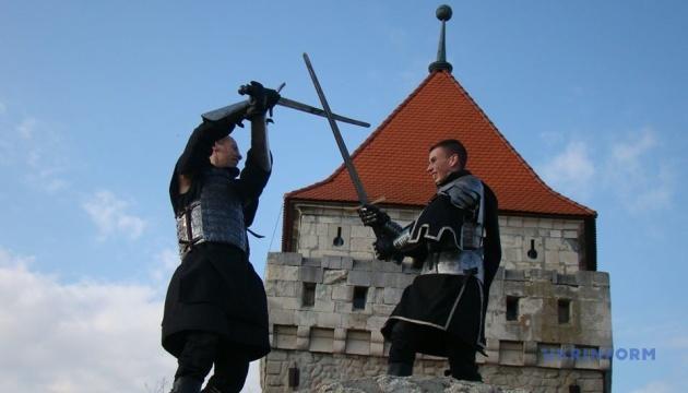 Замки Тернопільщини запрошують туристів