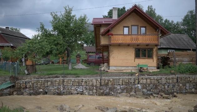 П'ять населених пунктів на заході України залишаються підтопленими