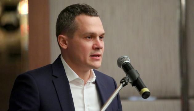 Экс-глава Харьковской ОГА Кучер рассматривает предложения работы в Киеве