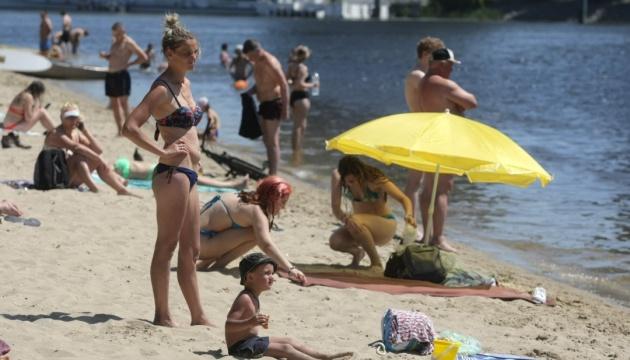 Степанов заявив, що на пляжі можна не носити маску, але за певних умов