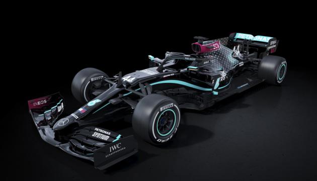 Mercedes перефарбувала боліди F1 на знак боротьби з расизмом