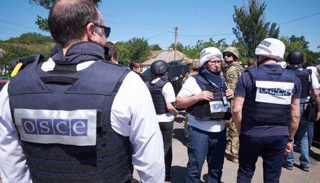 Invaders deny SMM patrols passage at Donbas checkpoints due to quarantine